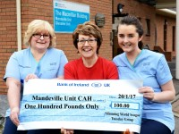 Slimming World Group Donate to the Mandeville Unit