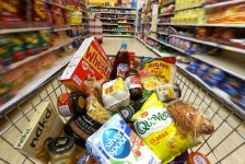 Supermarket battle highlights cost of Brexit for households - Murphy